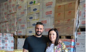 Laetitia et Alessandro Biasucci, heureux entrepreneurs et parents épanouis, dans leur entrepôt du marché de Liège